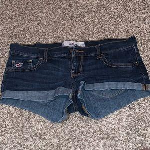 Low rise HOLLISTER short shorts